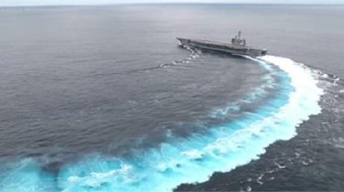 Tàu sân bay trăm nghìn tấn
