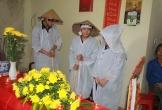 Hà Tĩnh: Tiếng khóc xé lòng của 3 người con mồ côi cha trong đám tang mẹ