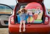 Tại sao nên ít mua đồ chơi và năng cho con đi du lịch?