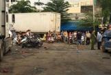 Ngăn đánh nhau, tài xế taxi bị đồng nghiệp đâm tử vong