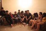 Nghệ An: 11 thanh niên vào nhà nghỉ mở tiệc ma túy chia tay bạn