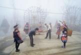 Níu chân du khách bằng văn hóa dân gian