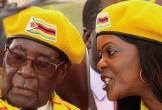 Cựu tổng thống Zimbabwe và vợ xuất ngoại lần đầu sau binh biến