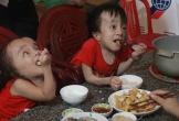 Hà Tĩnh: Nghị lực phi thường của 2 anh em ruột bị bệnh não úng thủy