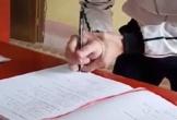 Chàng trai run rẩy khi ký giấy chứng nhận kết hôn
