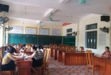 Hà Tĩnh: Trẻ vào lớp 1 tăng, nhiều trường phải ngăn phòng họp làm lớp học