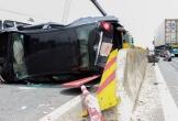 Hà Tĩnh: Xe đầu kéo container đâm lật nghiêng ôtô 4 chỗ, nhiều người thoát chết
