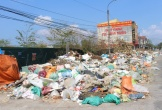 Thị xã Kỳ Anh ngập rác vì chính quyền nợ tiền