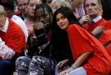 Kylie Jenner mang bầu được 4 tháng với bạn trai mới