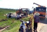 Hà Tĩnh: Mất lái, nữ tài xế đâm gãy cột mốc rồi lao xe xuống ruộng