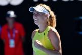 Australian Open: Cựu số 1 Wozniacki thoát thua thần kì