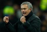 Man Utd đề nghị Mourinho ở lại thêm 5 năm