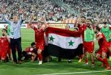 Syria và trái bóng vẫn lăn trong bom đạn