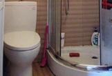 Tôi tiếc vì sửa nhà vệ sinh quá tiện nghi mà vẫn khó chịu