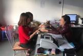 Khan hiếm tiền lẻ, chủ chợ đi gom giúp tư thương ở Hà Tĩnh