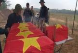 Cất bốc 40 hài cốt liệt sĩ bên bờ sông Thạch Hãn