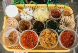 Khách Tây nói gì về thức ăn đường phố Việt Nam