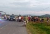 Hà Tĩnh: Nghe tin bố bị chém liền xách kiếm ra quốc lộ chặn xe, đòi chém người