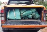 Bỏ xe tải chở 3 tạ chất nghi ma túy đá, hai nghi phạm chạy trốn