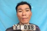 Tay dao, tay lựu đạn đe dọa công an tại trụ sở UBND xã