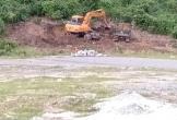 """Hà Tĩnh: Núi Eo Bạch đang bị nạn khai thác đất đá trái phép """"xâm hại"""" đến xót xa"""