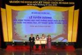 2 học sinh được trao Huân chương Lao động hạng Ba
