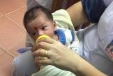 Nghệ An:  Bé trai 2 tháng tuổi bị bỏ bên đường trong đêm