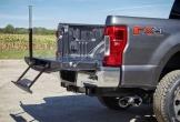 Loạt bán tải Ford F-Series bị điều tra vì tự bung cửa thùng hàng