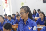 Khâm phục nữ sinh Hà Tĩnh mồ côi vượt khó, học giỏi