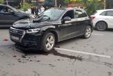 Audi Q5 lùi xe gây tai nạn liên hoàn trên phố Hà Nội