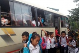 Hà Tĩnh: Nhồi nhét học sinh trên những chiếc xe đưa đón hết hạn đăng kiểm