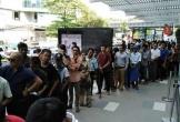 Giá vé cực rẻ, CĐV Myanmar xếp hàng dài mua vé ở trận Việt Nam
