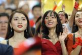 Bạn gái Duy Mạnh, Văn Đức rạng rỡ trên sân, tự hào về tuyển Việt Nam