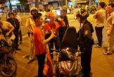 """Bắt giữ 2 đối tượng trà trộn đoàn """"đi bão"""" mừng Việt Nam vô địch để cướp giật"""