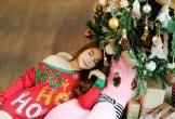 Trương Ngọc Ánh khoe vẻ gợi cảm, đón Giáng sinh sớm cùng con gái