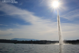 Háo hức ngắm đài phun nước cao nhất thế giới ở Geneva, Thụy Sĩ