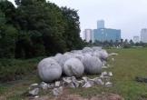 Đã tìm ra vị trí 'bí ẩn' của 40 quả cầu đá sau khi bị di dời khỏi sân Mỹ Đình