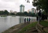 Thi thể người đàn ông nổi trên hồ Thiền Quang
