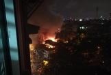 Đình cổ ở Hà Nội cháy ngùn ngụt trong đêm, nhiều đồ thờ bị thiêu rụi
