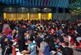Hàng ngàn CĐV Malaysia xếp hàng qua đêm chờ mua vé trận Malaysia-Việt Nam