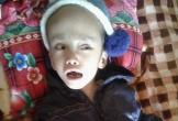 Nước mắt của người mẹ không có tiền chữa bệnh cho con