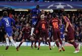 Messi ghi bàn, Barcelona may mắn hòa Chelsea trên đất Anh