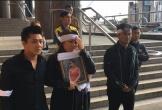 Hai người Anh ra toà vì cưỡng bức, giết một phụ nữ Việt