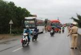 Hàng loạt xe nhồi nhét khách bị phát hiện, xử lý khi đi qua Quảng Bình