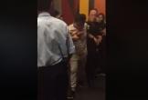 Nam thanh niên quay lén trong nhà vệ sinh nữ ở rạp phim bị tóm gọn  Chia