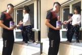 Bố được con trao tặng huy chương, nhận nhiệm vụ pha sữa