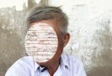 """Vụ """"cô giáo quỳ gối"""": Hội trưởng cha mẹ học sinh bị uy hiếp"""