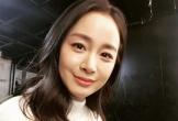 Fan khen ngợi nhan sắc Kim Tae Hee sau sinh
