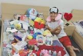 Hà Tĩnh: Trai đẹp Bùi Tiến Dũng khoe 'núi' quà tặng của fan