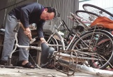 Cựu binh Hà Tĩnh 'biến' phế liệu thành xe đạp tặng học sinh nghèo